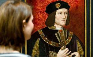 Le squelette déterré il y a plusieurs mois sous un parking de Leicester (centre de l'Angleterre) est bien celui du roi Richard III, ont annoncé lundi les experts de l'université de cette ville, mettant fin à un mystère de plus de cinq siècles sur l'endroit où se trouvait sa dépouille.