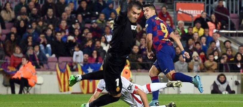 Luis Suarez a sublimé le Barça avec un but venu d'ailleurs.