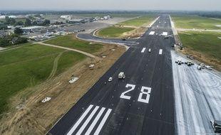 Sa piste principale rénovée, l'aéroport de Rennes va reprendre du service ce lundi.
