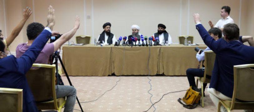 Des membres du mouvement taliban ont tenu une conférence de presse ce 9 juillet 2021 à Moscou.