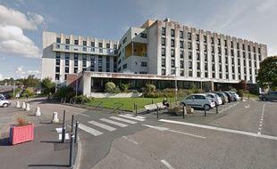 Quarante-six cas positifs au Covid-19 ont été identifiés au centre hospitalier Pierre Le Damany à Lannion.