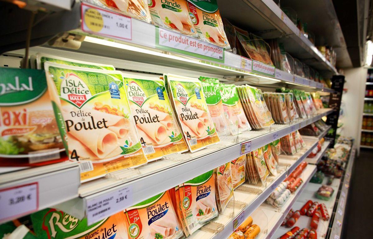 Des produits halal dans un supermarché. –  CAPMAN/SIPA