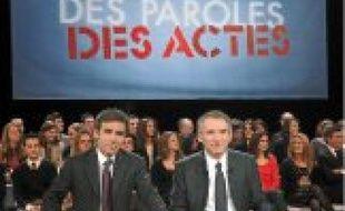 David Pujadas et François Bayrou.