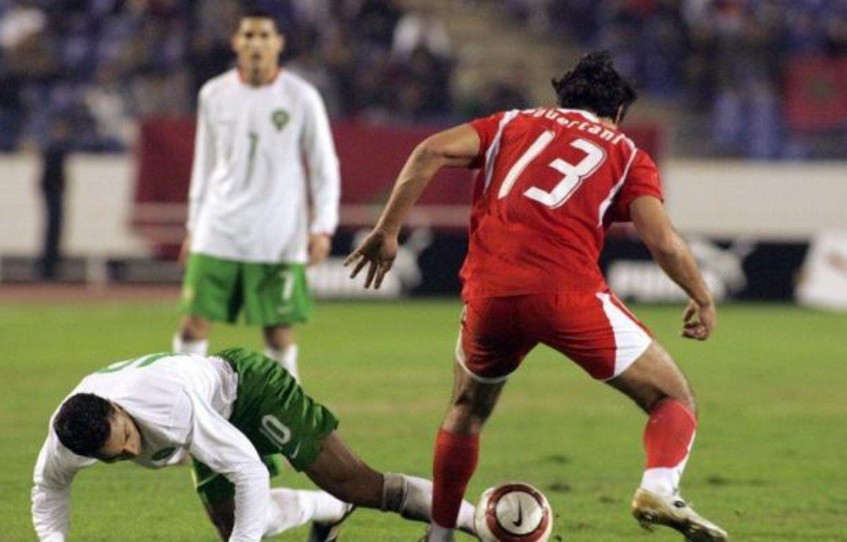 Pour beaucoup, la rencontre entre les deux équipes maghrébines Maroc-Tunisie lundi est celle qui décidera de la première place du groupe C de la CAN-2012, mais le Gabon, pays hôte, entend bien tenir son rôle de tête de série face au Niger qui aimerait jouer les trouble-fête. – Abdelhak Senna afp.com