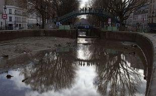 Mis à sec début janvier, le temps de le nettoyer, le canal Saint-Martin va se remplir peu à peu à compter de ce jeudi 31 mars, dans l'après-midi.