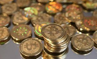 Des Bitcoins stockés dans des pièces.