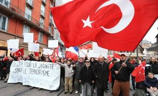 Manifestation turque à Strasbourg le 6 mars 2016.