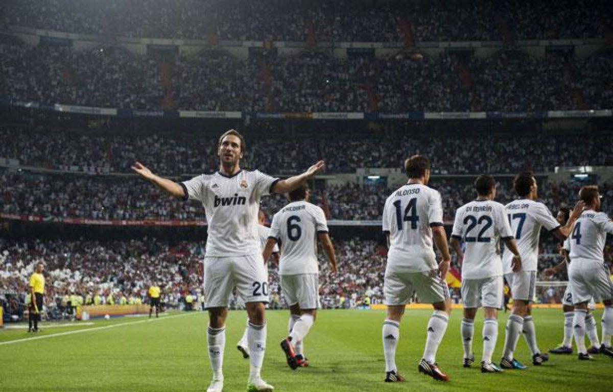 Gonzalo Higuain, buteur face à Barcelone, mercredi 29 août au stade Santiago Bernabeu. – Daniel Ochoa De Olza/AP/SIPA