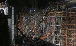 Un pont en construction s'est effondré en Andorre causant au moins cinq morts le 7 novemebre 2009.