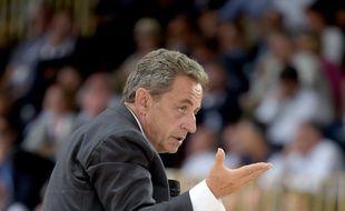 Longchamp, le 29 août 2019. Nicolas Sarkozy s'adresse aux membres du Medef lors d'une conférence.