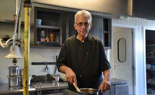 Adel, le propriétaire du restaurant La Perle noire à Montpellier.