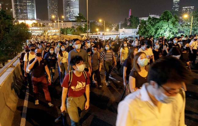 Des manifestants masqués, malgré l'interdiction, à Hong Kong le 4 octobre 2019