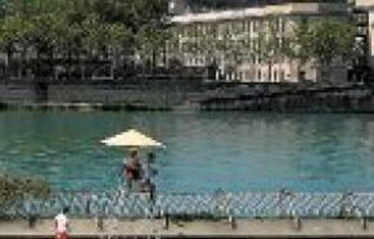 La piscine d'été rouvrira en 2013.