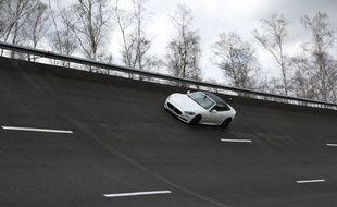 La Maserati conduite par «20 Minutes» sur l'anneau de vitesse.
