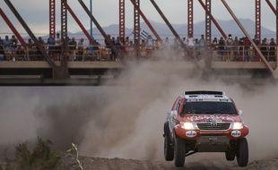 La voiture du pilote néerlandais Bernhard Ten Brinke sur le Dakar 2015, le 6 janvier.