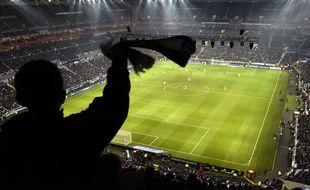 Cinq supporers Lyonnais sont interdits de stade pour une durée de six mois suite à des jets de pétards. Illustration.