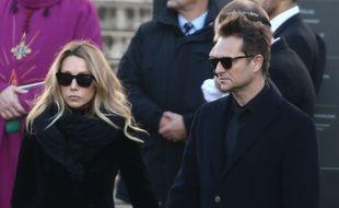 David Hallyday  avec sa sœur Laura Smet lors de la cérémonie d'adieu à leur père, Johnny Hallyday.