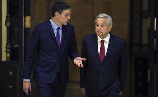 Le président mexicain Andres Manuel Lopez Obrador (à dr.) et le Premier ministre espagnol Pedro Sanchez à Mexico, le 30 janvier 2019.