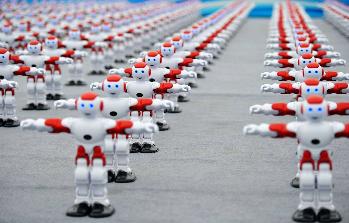 Plus d'un millier de robots intelligents ont dansé de manière synchronisée lors du Festival international de la Bière de Qingdao, en Chine, le 30 juillet. — SIPA – SIPA