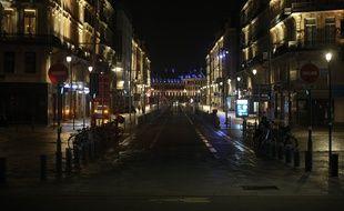 La rue Faidherbe de Lille pendant le couvre-feu