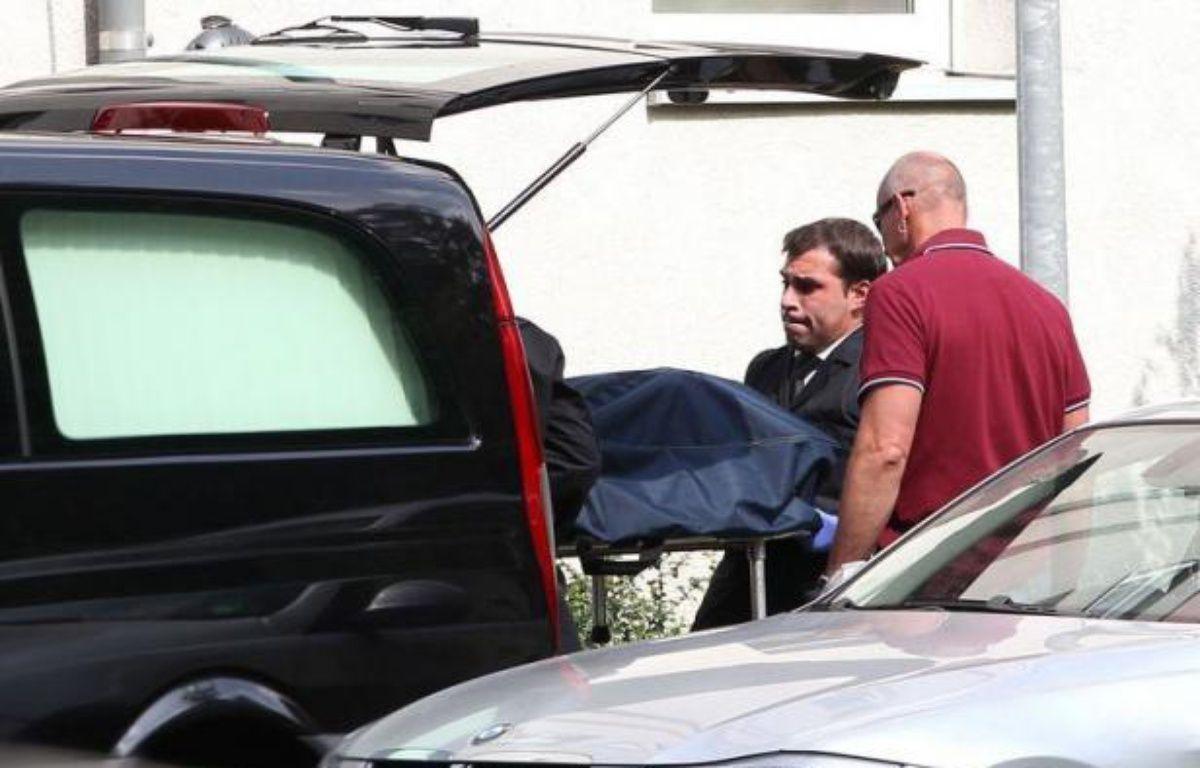 Un forcené a tué quatre personnes avant de se suicider au cours d'une prise d'otages perpétrée dans son logement situé dans un quartier résidentiel de Karlsruhe dans le sud-ouest de l'Allemagne – Daniel Roland afp.com