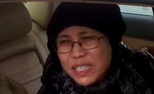 La Chinoise Liu Xia, épouse du prix Nobel de la paix emprisonné Liu Xiaobo, a fait une rare apparition dans une vidéo mise en ligne mercredi, dans laquelle on voit la femme assignée à résidence lire deux de ses poèmes.