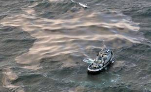 La Cour de cassation dira mardi en début d'après-midi si elle valide ou annule les condamnations, dont celle de Total, prononcées pour la marée noire déclenchée par le naufrage du cargo pétrolier Erika il y a presque 13 ans au large de la Bretagne.