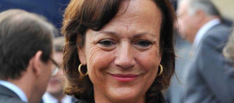 Florence Woerth, l'épouse d'Eric Woerth, lors du défilé du 14 juillet, en 2010, à Paris.