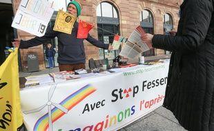 Jeûne pour la fermeture de la centrale nucléaire de Fessentheim. Strasbourg le 21 10 2015
