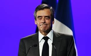 François Fillon en meeting à Caen, le 16 mars 2017.