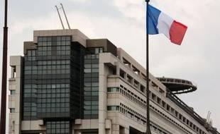 L'Inspection générale des finances (IGF) dénonce les effectifs pléthoriques d'une myriade d'agences de l'Etat à l'efficacité douteuse, ainsi que leur coût, 50 milliards d'euros chaque année, dans un rapport publié lundi par Bercy.