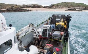 L'intervention des démineurs de Brest va se poursuivre jusqu'à la fin mars sur l'île de Cézembre.