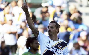 Zlatan Ibrahimovic rempile pour une saison supplémentaire en MLS, sous les couleurs du LA Galaxy.