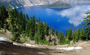 Le Crater Lake. Illustration.