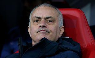 José Mourinho a organisé un entraînement avec quelques joueurs en plein confinement en Angleterre.