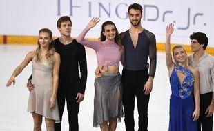 Gabriella Papadakis et Guillaume Cizeron sur la plus haute marche du podium.
