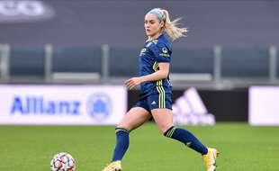 Après le départ de Lucy Bronze, l'été dernier à Manchester City, Ellie Carpenter s'est vite imposée au poste de latérale droite à l'OL.