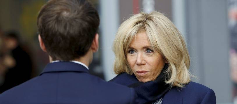 Brigitte Macron face à son mari, le 27 novembre 2018 à Paris.