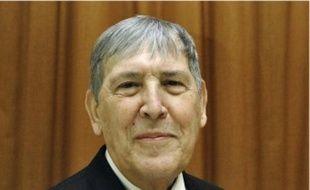 Guy Orbino (PS), avait succédé aux Mégret.