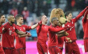 Attention, un intrus se cache dans cette photo des joueurs du Bayern Munich.