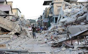 Le gouvernement britannique va rencontrer lundi 12 février 2018 des responsables d'Oxfam, dans la tourmente depuis la publication d'un article du «Times» révélant un scandale sexuel avec de jeunes prostituées à Haïti en 2011.