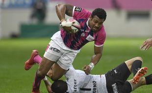 Le rugbyman fidjien Waisea Nayacalevu Vuidravuwalu, qui évolue au Stade français est accusé d'agression sexuelle.