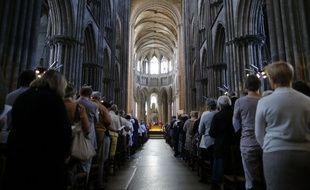 Messe dans la cathédrale de Rouen en l'honneur du père Hamel le 31 juillet 2016.