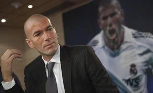 Zinédine Zidane, le 3 juin2011, lors de la présentation d'un livre sur lui, à Madrid.