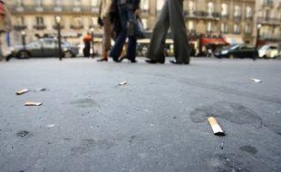 Illustration d'un trottoir parisien.
