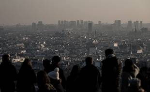 Paris pendant un pic de pollution, le 4 décembre 2016.