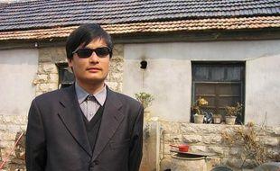 Photo non datée du dissident chinois Chen Guangchen.