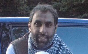 Djamel Beghal, condamné en 2000  pour un projet d'attentat contre l'ambassade américaine à Paris, a été déchu de sa nationalité française en 2006.