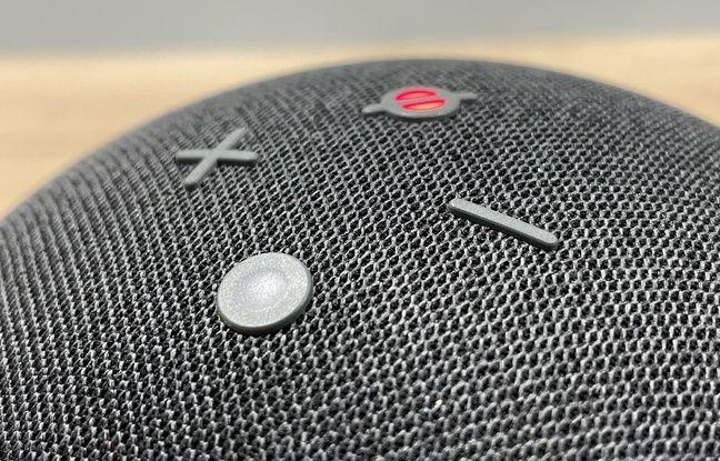 Parmi les boutons physiques d'Amazon Echo, le rouge pour désactiver les microphones.