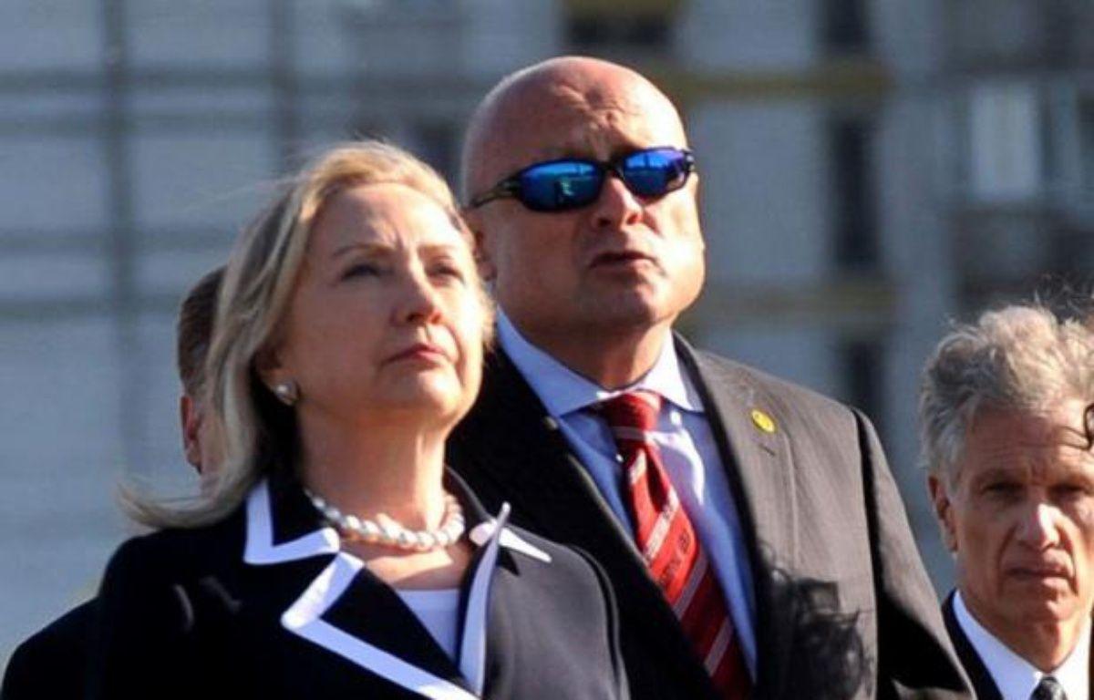 La secrétaire d'Etat américaine Hillary Clinton a annoncé jeudi que les Etats-Unis exempteraient la Chine des sanctions économiques visant les achats de pétrole iranien, quelques heures avant l'application prévue de restrictions contre les banques chinoises. – Olga Maltseva afp.com